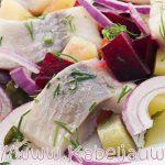 Haringsalade: makkelijk hoofdgerecht, klaar in 15 minuten